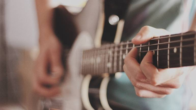Online Guitar Lessons Camden & Narellan